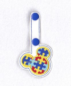 in the hoop puzzled mouse ears key fob key chain snap tab embroidery design